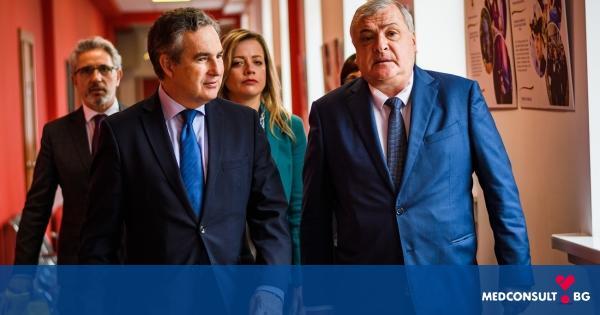 Посланикът на Кралство Испания посети МУ-Варна